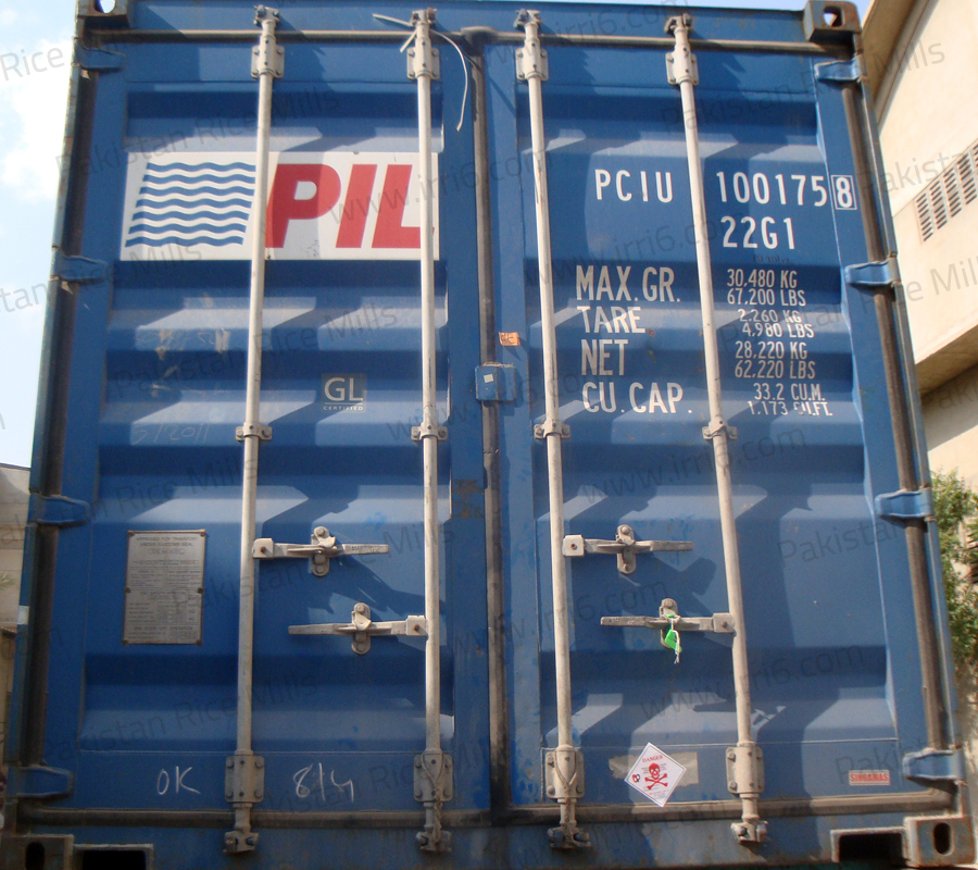 Shipment for Pakistan Long Grain IRRI-6 White Rice, 100% Broken Rice Exporters.
