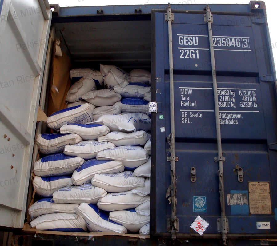 Shipment for Pakistan Long Grain IRRI-6 White Rice, 25% Broken Rice Exporters.